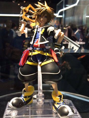 Sora (Kingdom Hearts II ver.) SHFiguarts figure 9
