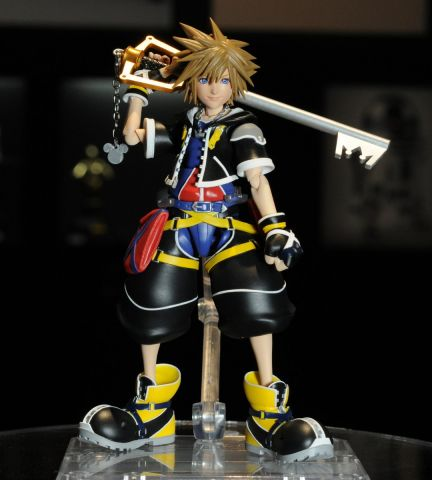 Sora (Kingdom Hearts II ver.) SHFiguarts figure 12