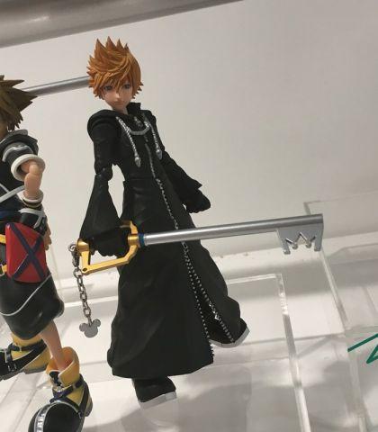 Kingdom Hearts II Roxas S.H.Figuarts figure 2