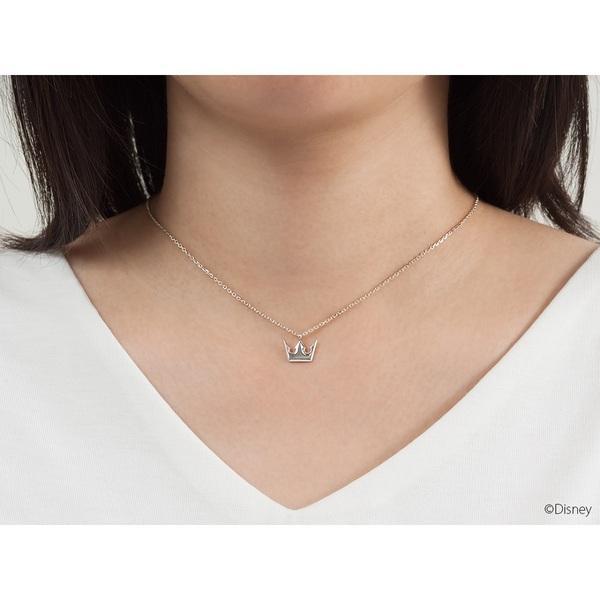 Kingdom Hearts Heart & Sora Crown necklaces