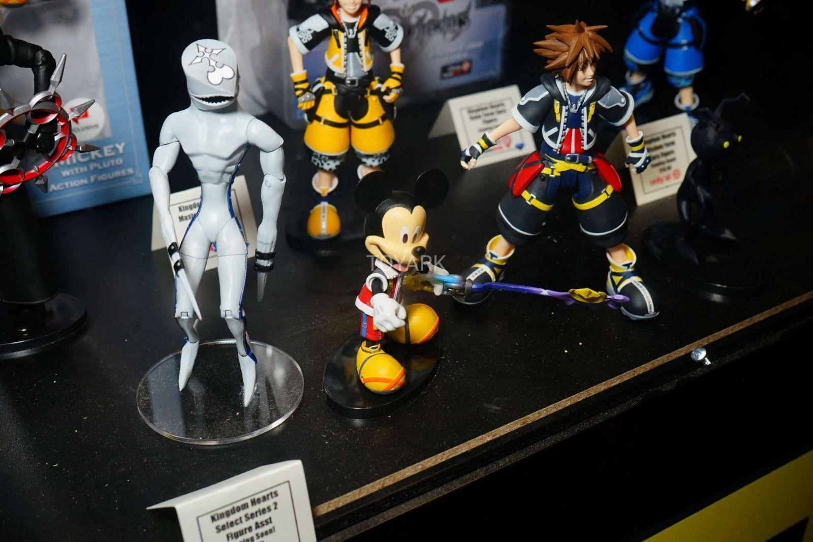 Kingdom Hearts Diamond Select Toys NYCC 2017 17