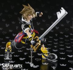 DA BlLxUMSora (Kingdom Hearts II ver.) SHFiguarts figure 14