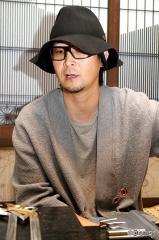 a-jiro_photo03.jpg
